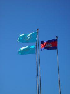 タイとカンボジアの国旗