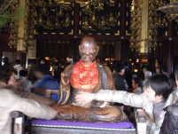 善光寺の賓頭盧尊者像