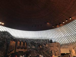 ヘルシンキのテンペリアウキオ教会