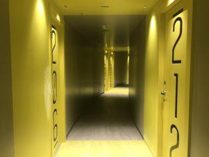 ステイインホステルの廊下