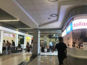 ブダペストの空港内